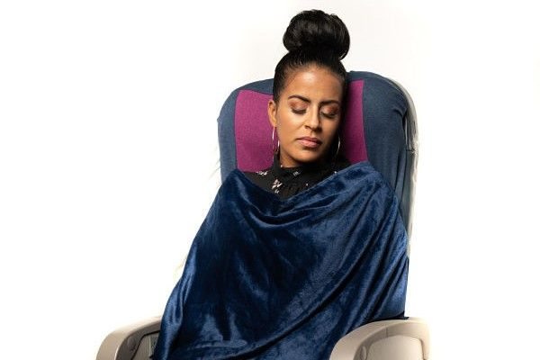 Slumber Bliss offers blanket attachment that snaps onto the antimicrobial seat cover.